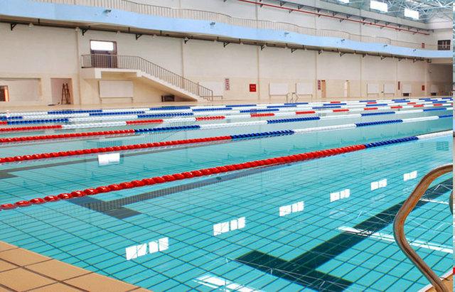 泳池加热设备多少钱?建一个游泳池需要多少钱-空气能热泵厂家